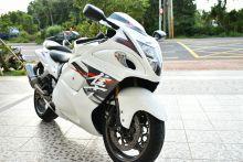 地表速度機器 稀有白 SUZUKI GSR-1300R 隼  可協助貸款
