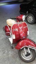 紅色偉士牌150cc