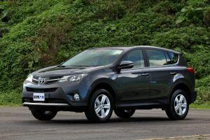 Toyota 2015 RAV4 2.0 E