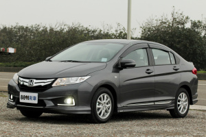 Honda 2015 Fit 1.5 VTi-S