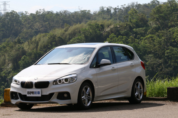 BMW 2-Series Active Tourer 外觀圖片