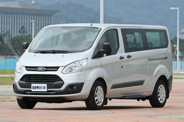 Ford Tourneo Custom 外觀圖片
